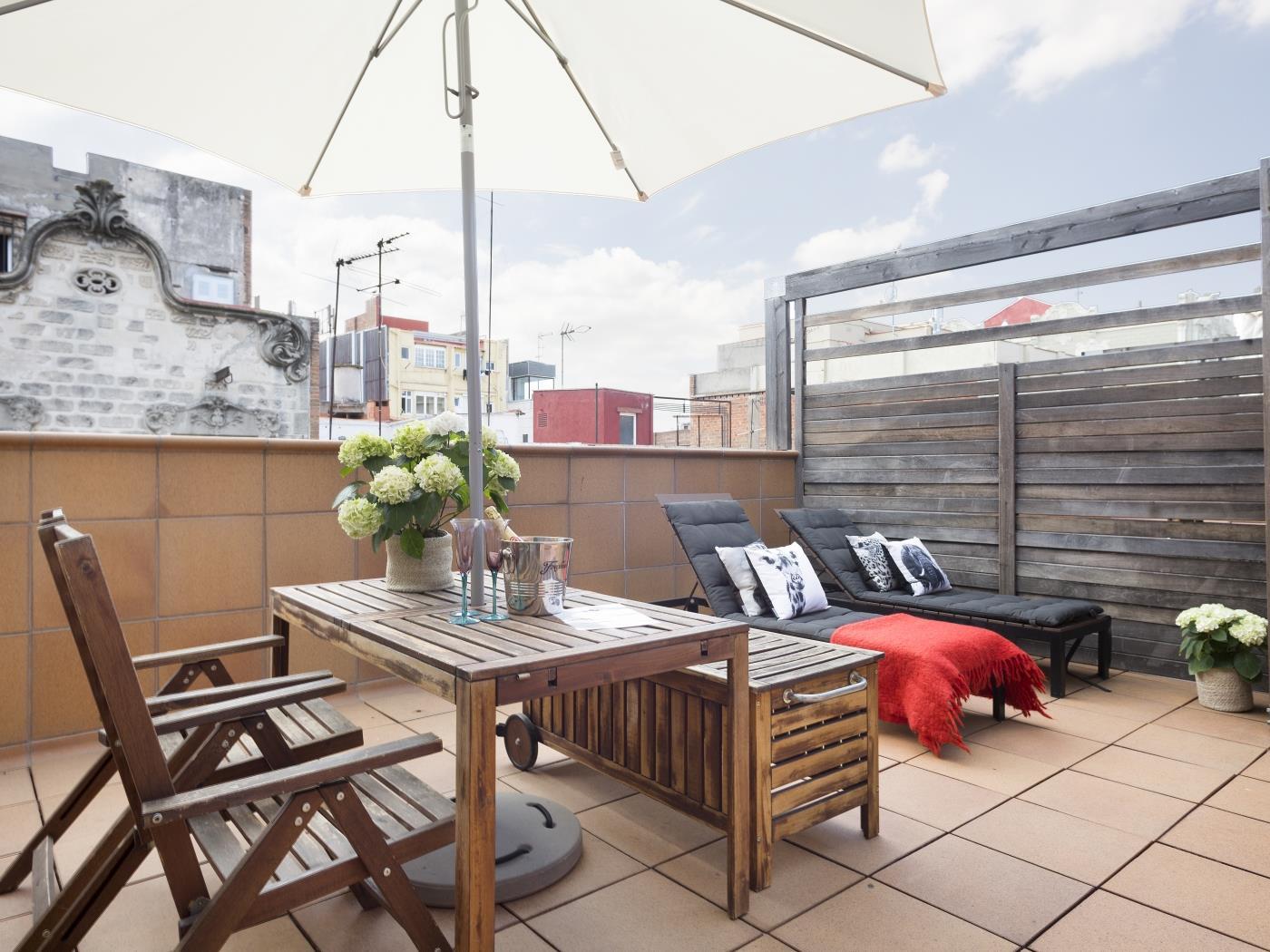 ático En Gràcia Con Terraza Y Piscina Para 6 Apartamento